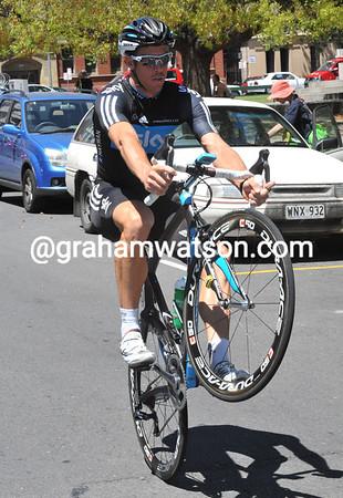 No worries - Matthew Hayman is practising his skills on the way to the race-circuit...