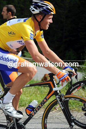 Lars Boom has been well and truly dropped - and soon Gesink will be dropped as well..!