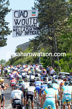 """""""We are the water carriers for Wouter Weylandt on this most difficult stage of his life"""""""
