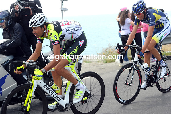Giordani and Salvaggi still have eight minutes with about 75-kilometres to go...