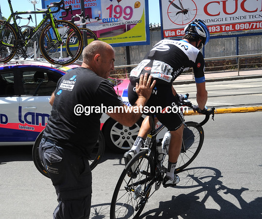 Geoff Brown and David Millar are at it again, and it's only in the neutralized zone..!