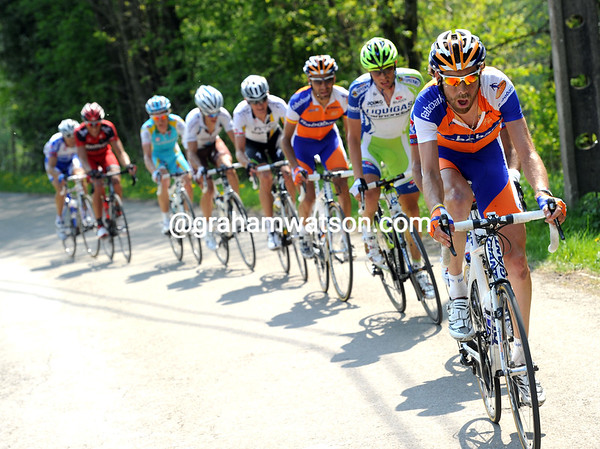 The counter-attack has grown on the Cote des Rosiers, with Laurens Ten Dam now in charge...