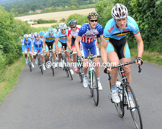 Belgium leads the first serious chasing up this same hill..