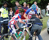 Tyler Farrar has had a flat tyre, a young teamate cannot help him change it and vital time is lost..!