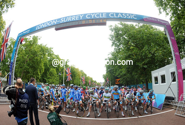 The modest London & Surrey Cycle Classic race lines up in the Mall for the 2012 Olympic test event...