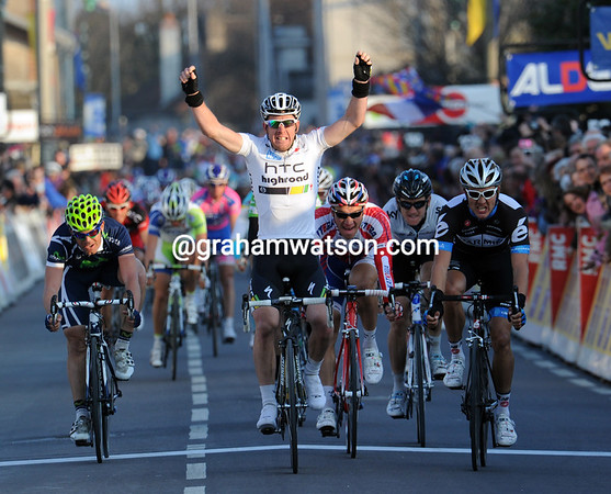 Matthew Goss wins stage three ahead of Heinrich Haussler and Denis Galimzyanov...