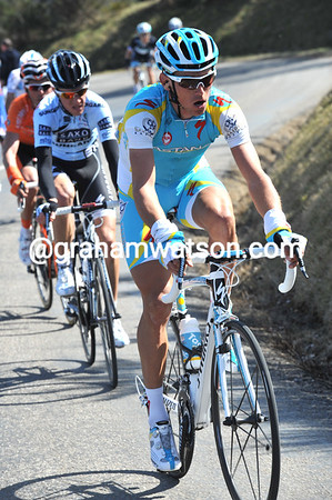 Roman Kreuziger shows his Astana face for the first time, also by attacking...