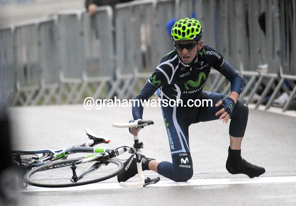 Xavier Tondo crashes on the finish-line a little later - just as well he wasn't racing for the win..!