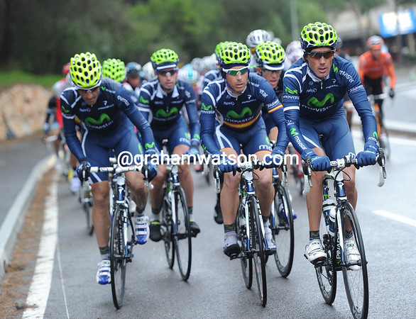 The Movistar team picks up the chasing now - they have two potential stage-winners in Rojas and Tondo...