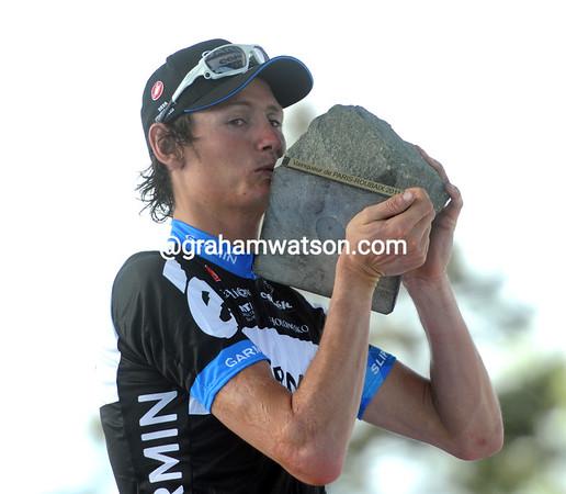 Johan Van Summeren kisses the cobblestone awarded to the day's winner...