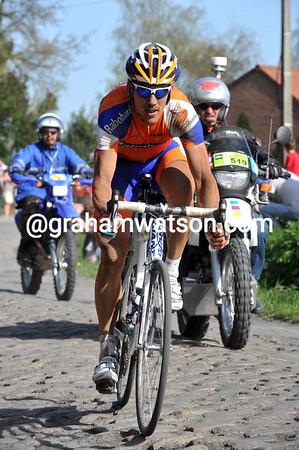 Maarten Tjallingii is the only man really chasing Van Summeren - but he's already 40-seconds down...