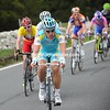 Vinokourov starts to show himself at the head of the peloton now...