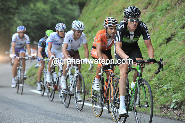 Thomas leads the escape up the Tourmalet with little sign of them being caught anytime soon...