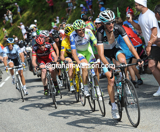 Andy Schleck sets some order in the group of overall favourites...