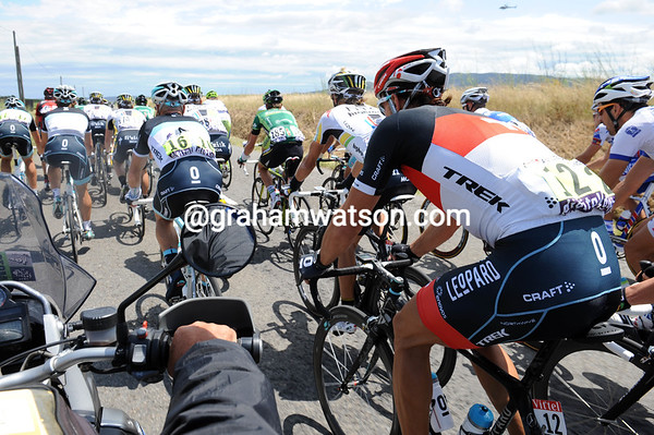 Driving past this peloton today is going to doubly difficult with the tailwind/crosswind..!