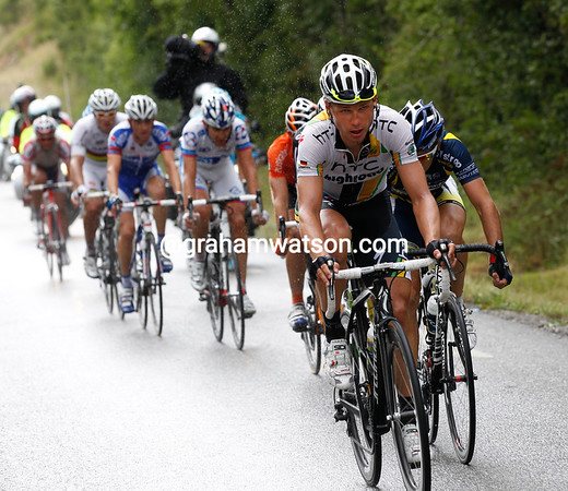 Martin is helped push the escape to a six-minute lead with 50-kilometres to go...