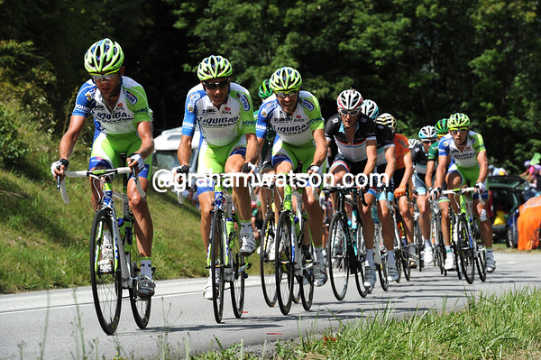Liquigas is chasing hard, as Ivan Basso has missed this move...