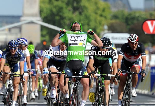 Cavendish seems delirious at winning his first-ever Green Jersey...
