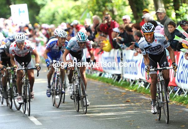 Alberto Contador attacks - the others scramble after him..!