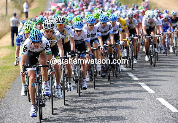 Navardauskas is piling on the pace at the head of the peloton...