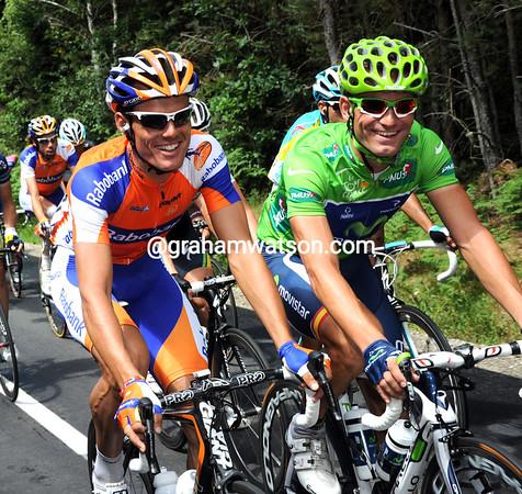 Jose Joachin Rojas is having fun with his fellow Murciano, Luis Leon Sanchez...