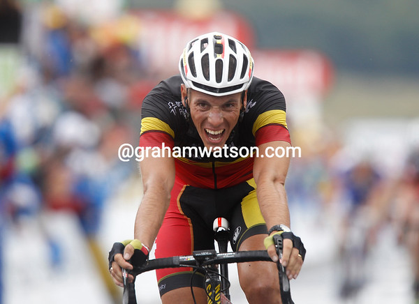 Philippe Gilbert takes 2nd place at 12-seconds...