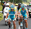 Vinokourov picks up Tiralongo with Zandio hanging on to their pace - they'll catch Van Garderen and Rui Costa on the wet descent...