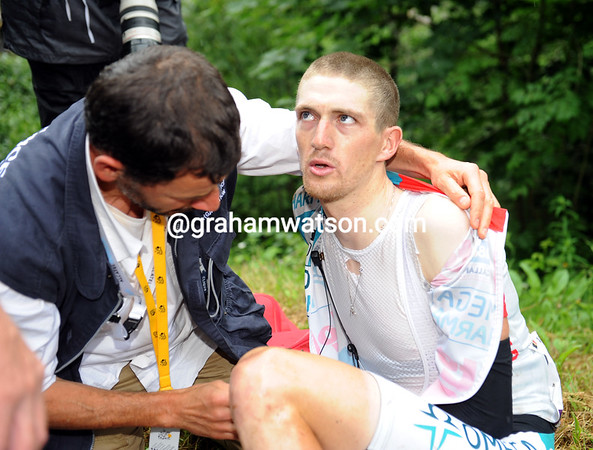 A few kilometres further down, Jurgen Van den Broeck has fallen and broken his collar-bone - he's out too...
