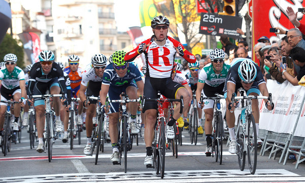 Manuel Cardoso wins stage four ahead of Nizzolo and Rojas...