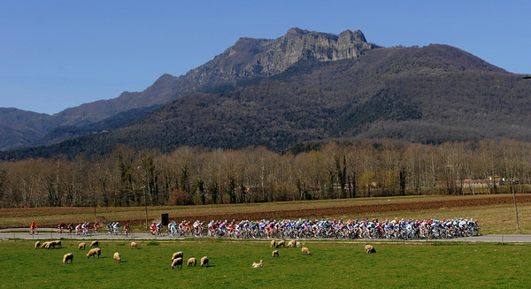 Stage three saw the race head for the Pyrenees, on a beautiful spring day...