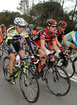 Carlos Sastre and Cadel Evans had plenty of time to chat - the escape managed a 14-minute lead..!