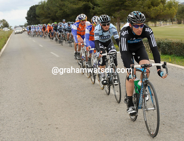 Team Sky takes control of the chasing, led by Alex Dowsett...