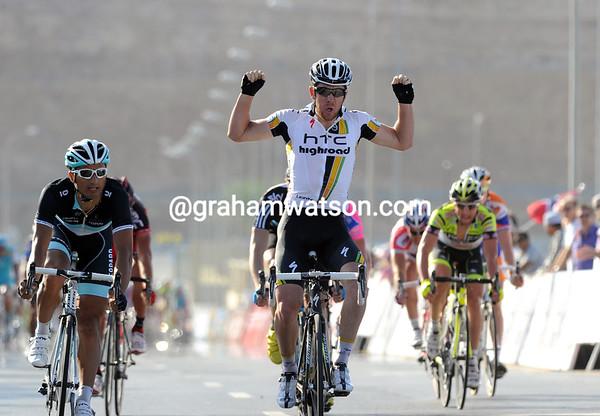 Matthew Goss wins stage two ahead of Bennati and Boasson-Hagen - the Australian takes the race-lead..!