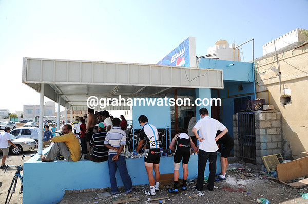 Some Sky riders use the coffeee-shop terrace to get ready, despite the less than ideal setting...