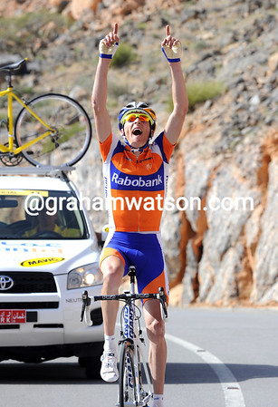 Robert Gesink wins stage four to Green Mountain - and takes the race-lead..!
