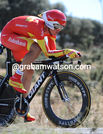 "Luis Leon Sanchez carried his Champion of Spain colours to 9th, 2' 02"" down..."