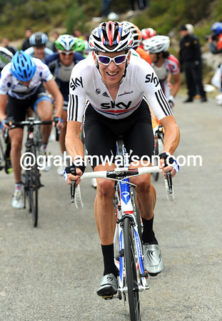 Wiggins seems stronger than anyone else in the Vuelta, but it's the Angliru that might hurt him yet..!
