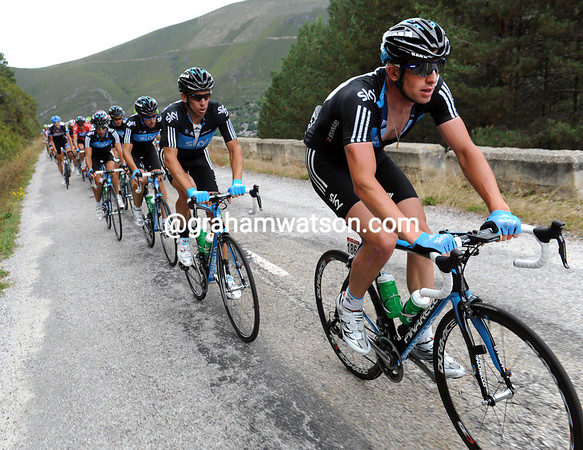 Ian Stannard leads the Sky train in steady pursuit, but they'll not catch the escapers today...