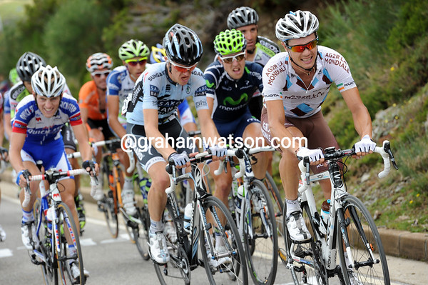 Nicholas Roche and Chris Sorensen look pretty tired as well, but at least they're in the escape..!