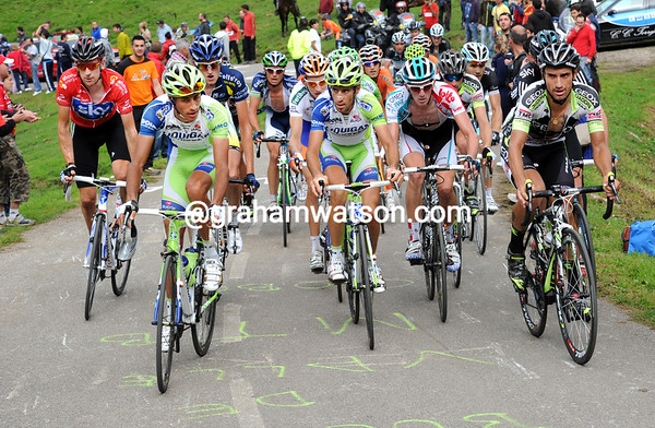 Nibali looks uncertain as Cobo moves to the front of the favourites' group...