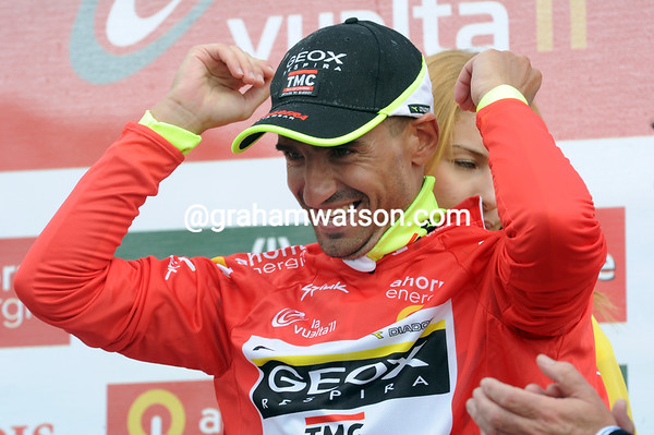 Juan Jose Cobo has taken the race-lead of the Vuelta - what a great ride, but what a great shock..!