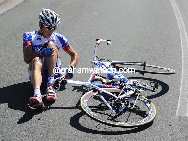 Dario Cataldo has had a wee fall...