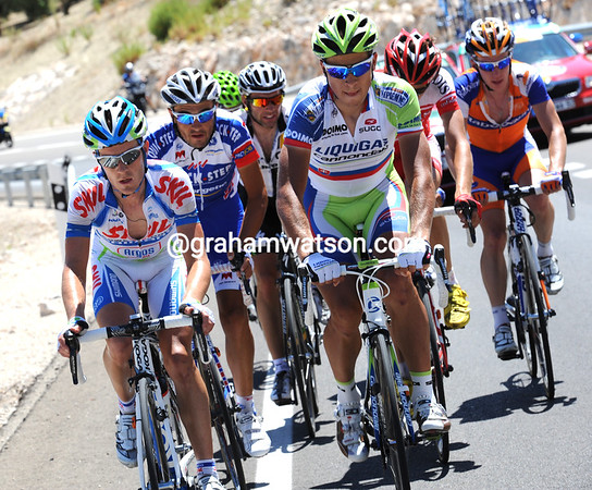 An escape has got clear after a grovelling 60-kilometres - and Peter Sagan is leading it...