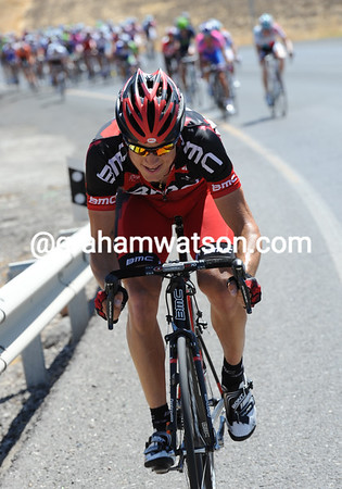 What a laugh - it's BMC's Martin Kohler who's setting the cruel pace that's sending Phinney backwards..!