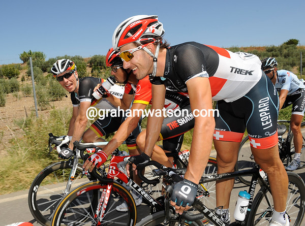 Fabian Cancellara has no such concerns - he's speaking German with Andreas Kloden and Robert Wagner...