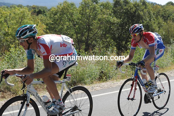Lang and Ligthart are still a few minutes ahead as the Alto de Covatilla climbs starts...