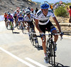 Dan Martin suddenly attacks, and he's chased by Nicholas Roche..!