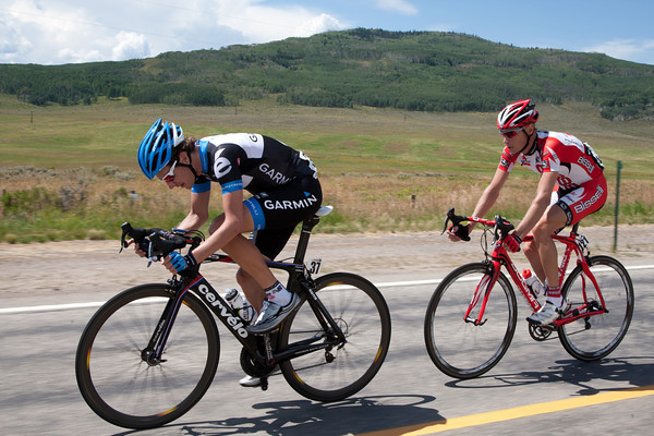 Dave Zabriskie is trying to bridge up, but he'll not get across...