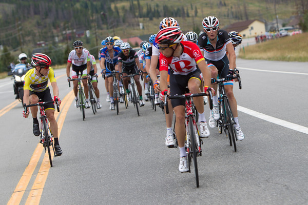 There seems to be some discussion as to how the peloton should react, there is little reason for Shack to press the pace... no one up the road threatens Levi's lead.