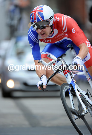 "Bradley Wiggins scorched into the silver-medal position, but he was 1'16"" slower than the winner..!"
